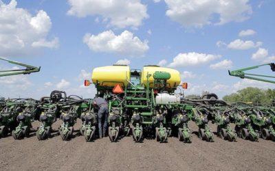 Cómo los tractores autopropulsados, la IA y la agricultura de precisión nos salvarán de la inminente crisis alimentaria