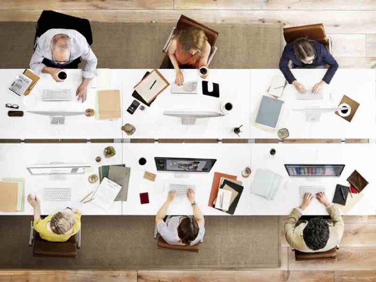Cómo crear un lugar de trabajo acogedor para los introvertidos: 10 consejos