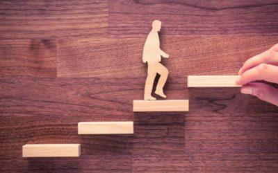 Cómo ser promovido a un rol de liderazgo: 4 habilidades clave a dominar