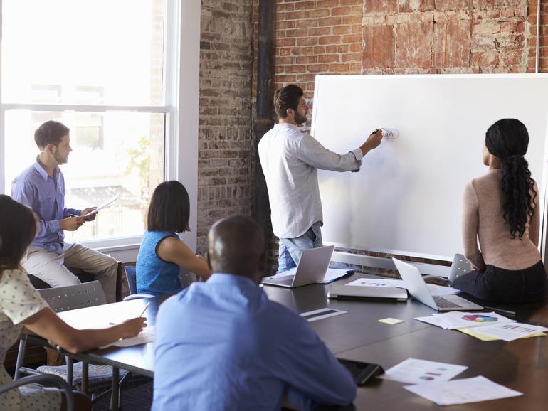 Cómo habilitar el acceso a Microsoft Whiteboard para Windows 10