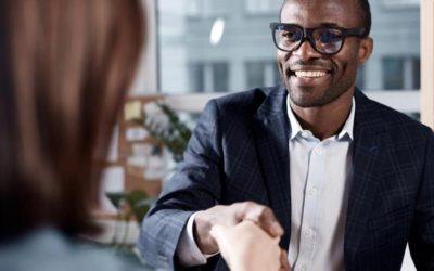 Cómo contratar a los mejores empleados en un mercado laboral difícil: 3 consejos