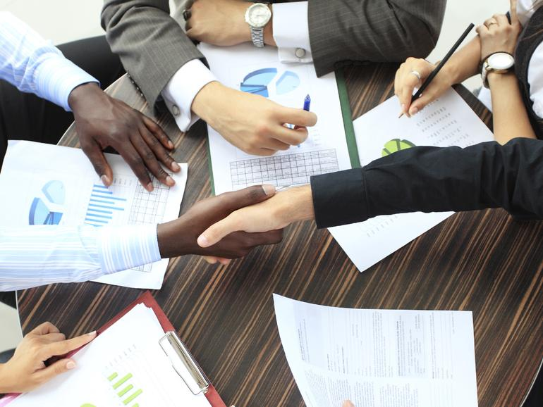 Cómo los gerentes de proyecto pueden tener éxito con la gestión de adquisiciones